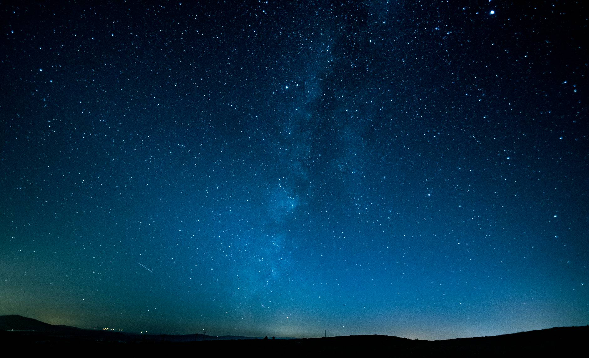photography of night sky